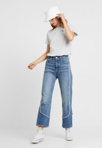 Levi's® - RIBCAGE ANKLE - Džíny Straight Fit - on the fringe - 1