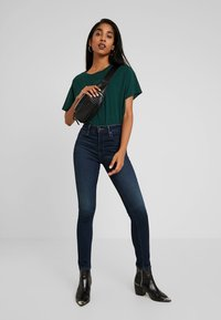 Levi's® - 721 HIGH RISE SKINNY - Jeans Skinny Fit - london nights - 1