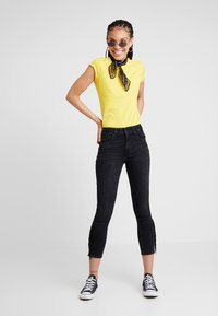 Levi's® - 721 HIRISE FRINGE ANKLE - Jeans Skinny Fit - don't give a fringe - 1