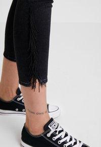 Levi's® - 721 HIRISE FRINGE ANKLE - Jeans Skinny Fit - don't give a fringe - 3