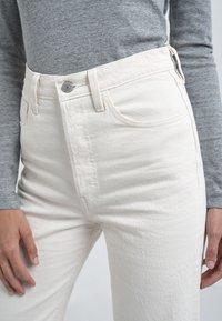 Levi's® - RIBCAGE - Straight leg -farkut - cream/off-white - 7