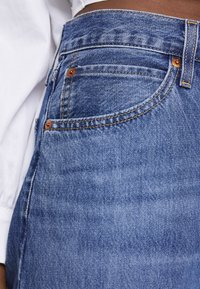 Levi's® - DAD JOE COOL - Jeans relaxed fit - med indigo worn - 4
