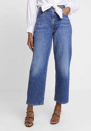 DAD JOE COOL - Relaxed fit jeans - med indigo worn