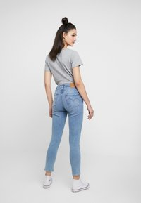 Levi's® - HI RISE SKINNY ANKLEBUCKLE DOWN - Vaqueros pitillo - buckle down - 2