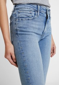 Levi's® - HI RISE SKINNY ANKLEBUCKLE DOWN - Vaqueros pitillo - buckle down - 3
