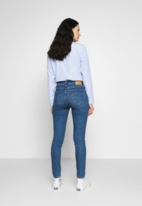 Levi's® - 721 HIGH RISE SKINNY - Jeans Skinny Fit - blue denim - 2