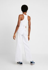 Levi's® - RIBCAGE WIDE LEG - Flared-farkut - cold ice - 2