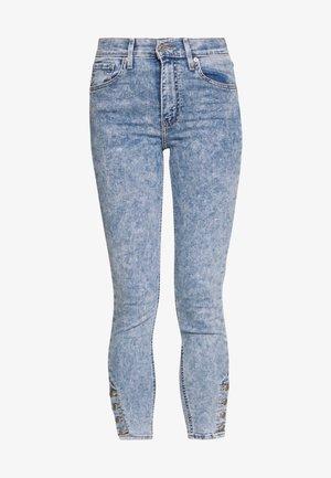 MILE HIGH ANK BUTTON HEM - Skinny džíny - light blue denim