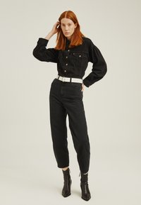 Levi's® - BALLOON LEG - Jeansy Relaxed Fit - black - 1
