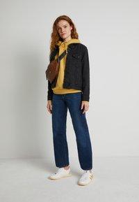 Levi's® - WELLTHREAD RIBCAGE ANKLE - Straight leg jeans - ground swell indigo hemp - 1