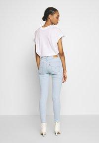 Levi's® - MILE HIGH ANK  - Jeans Skinny Fit - light blue denim - 2