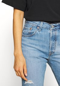 Levi's® - 501® CROP - Jeansy Slim Fit - sansome light - 3