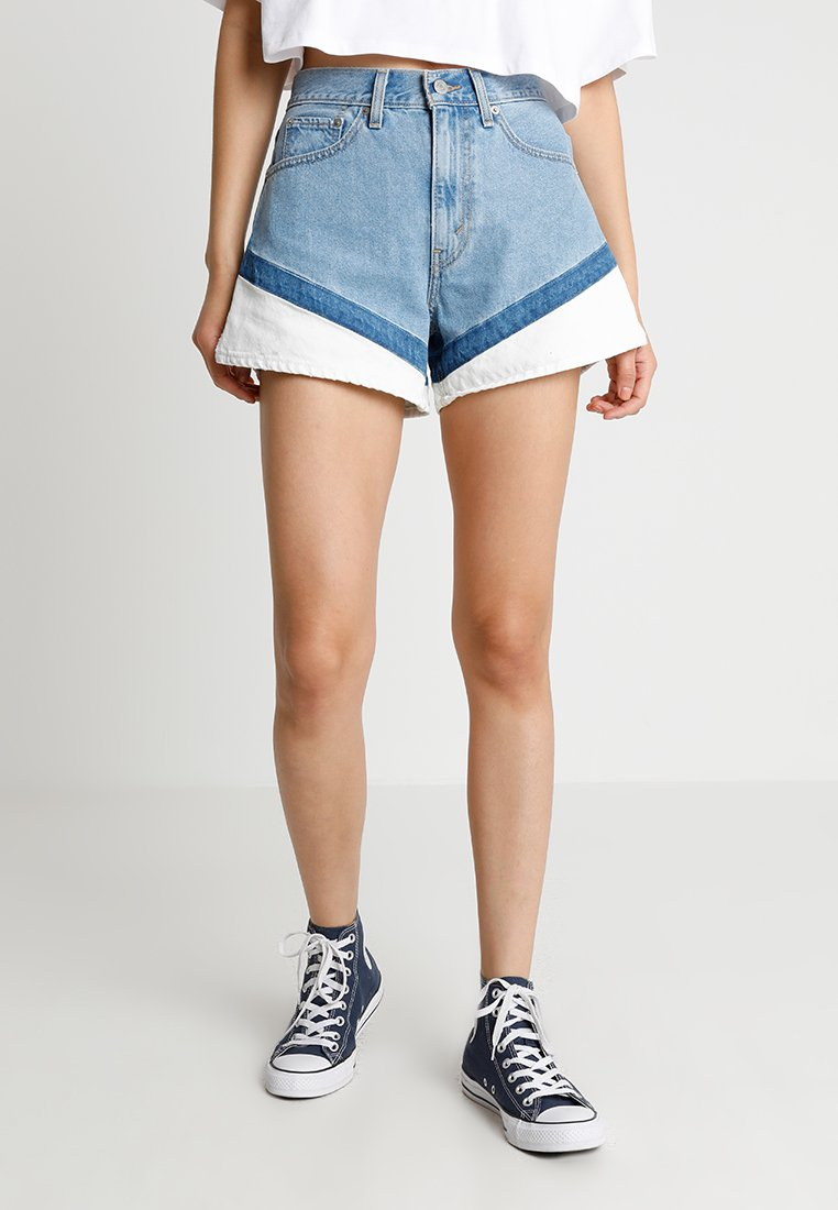 Levi's® - A LINE - Jeans Shorts - on your marks
