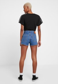 Levi's® - 501 HR LOGODRAW - Shorts vaqueros - draw back - 2