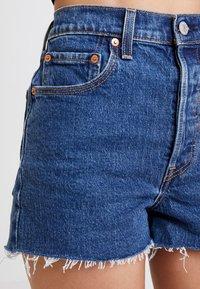Levi's® - RIBCAGE SHORT - Denim shorts - charleston stroll - 5
