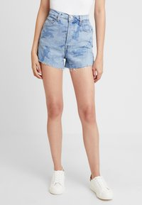 Levi's® - RIBCAGE  - Denim shorts - blue denim - 0