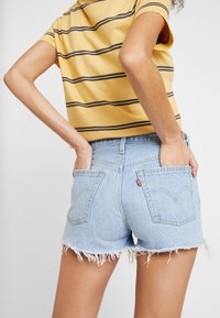 Levi's® - 501® ORIGINAL SHORT - Shorts di jeans - light-blue denim - 5