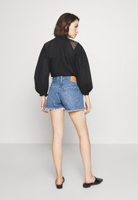 Levi's® - 501® ORIGINAL - Denim shorts - athens mid short - 2