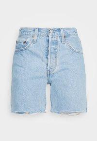 Levi's® - 501® MID THIGH - Szorty jeansowe - light blue denim - 0