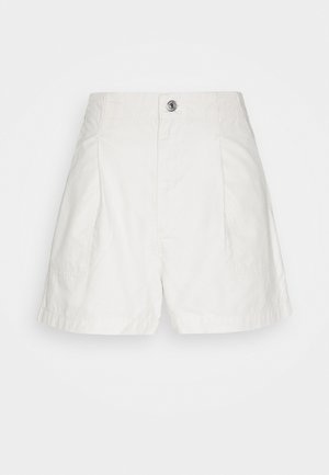 PLEATED UTILITY - Shorts - crisp tofu