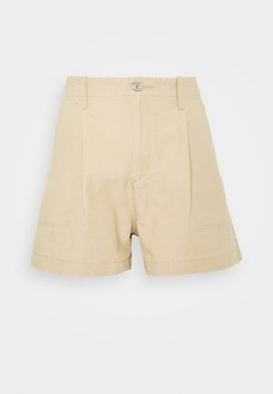 PLEATED UTILITY - Shorts - crisp