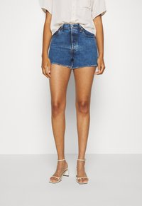 Levi's® - RIBCAGE - Denim shorts - charleston erosion - 0