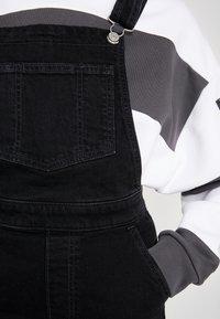 Levi's® - CAGE CROP OVERALL - Salopette - black book - 5