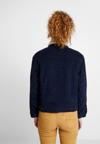 Levi's® - SHERPA TRUCKER - Giacca da mezza stagione - vintage navy blazer - 2