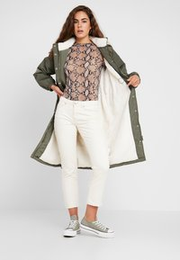Levi's® - ESTELLE JACKET - Vinterkappa /-rock - army green - 1