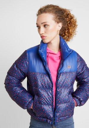 FRANCESCA PUFFER - Down jacket - fun leopard sodalite blue