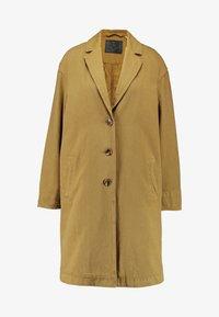 Levi's® - LUNA COAT - Farkkutakki - golden touch garment dye - 4