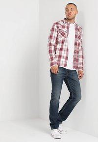 Levi's® - BARSTOW WESTERN - Overhemd - wildcat crimson - 1