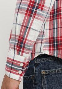 Levi's® - BARSTOW WESTERN - Overhemd - wildcat crimson - 5