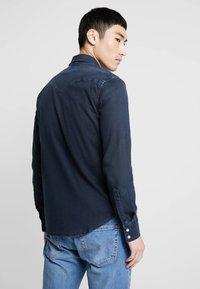 Levi's® - BARSTOW WESTERN - Shirt - bruised indigo dark - 2