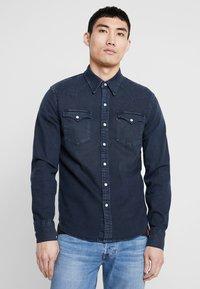 Levi's® - BARSTOW WESTERN - Shirt - bruised indigo dark - 0