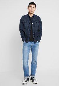 Levi's® - BARSTOW WESTERN - Shirt - bruised indigo dark - 1