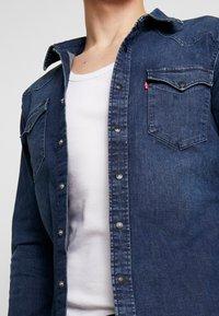 Levi's® - BARSTOW WESTERN SLIM - Shirt - dark worn - 4