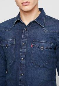 Levi's® - BARSTOW WESTERN SLIM - Shirt - dark worn - 7