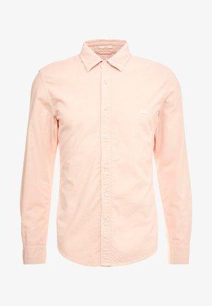 BATTERY SHIRT SLIM - Skjorta - farallon x garment dye