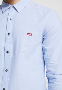 Levi's® - BATTERY SHIRT SLIM - Skjorte - allure - 5