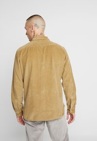 Levi's® - JACKSON WORKER - Shirt - harvest gold - 2