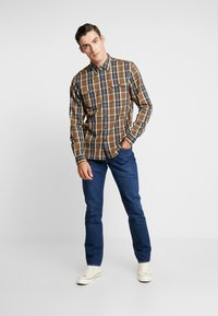 Levi's® - JACKSON WORKER - Overhemd - archer sepia - 1