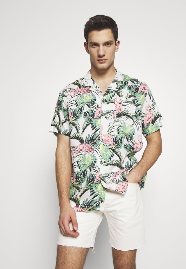 CUBANO SHIRT - Camisa - cloud dancer
