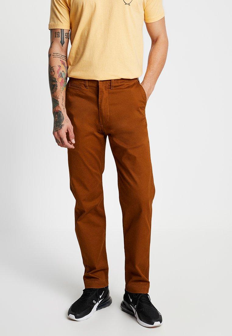 Levi's® - 502™ TRUE - Pantalon classique - monk's robe
