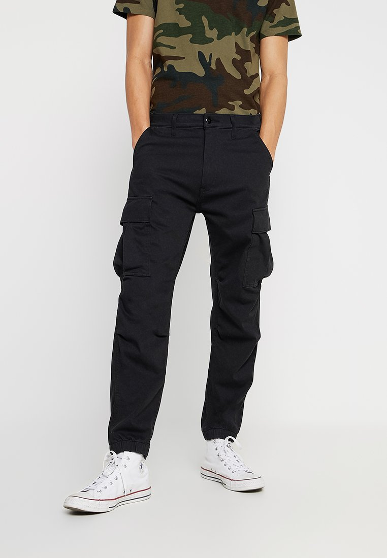 Levi's® - TAPERED CARGO - Cargo trousers - caviar