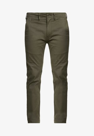 502 TRUE - Chino - olive night