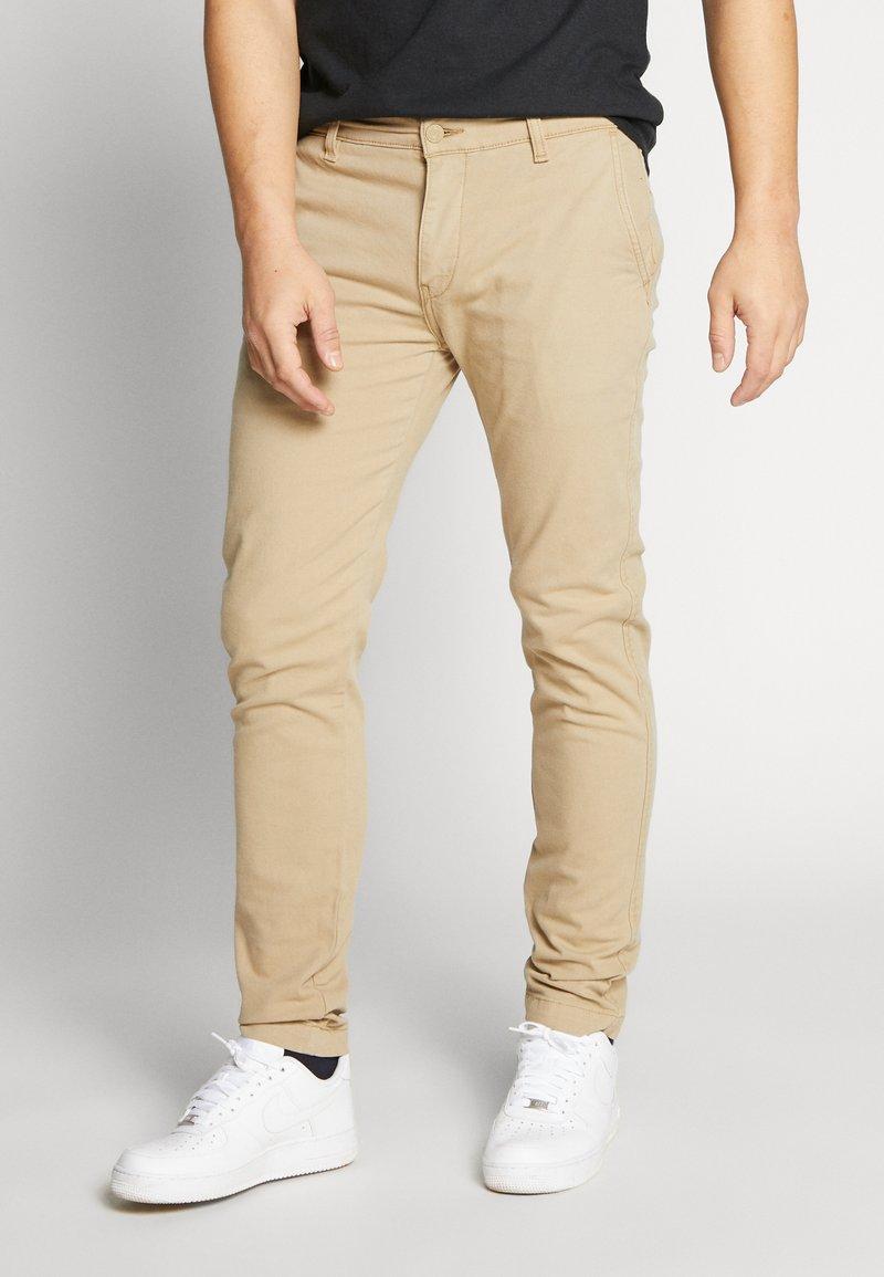 Levi's® - XX CHINO SLIM II - Chino kalhoty - true chino shady