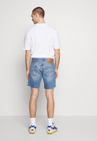 Levi's® - 501® '93 SHORTS - Szorty jeansowe -  blue denim - 2