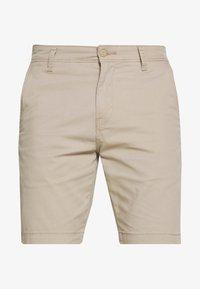 Levi's® - TAPER - Shorts - microsand - 4