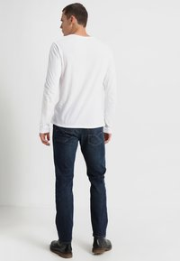 Levi's® - 502 REGULAR TAPER - Vaqueros tapered - rainshower - 2